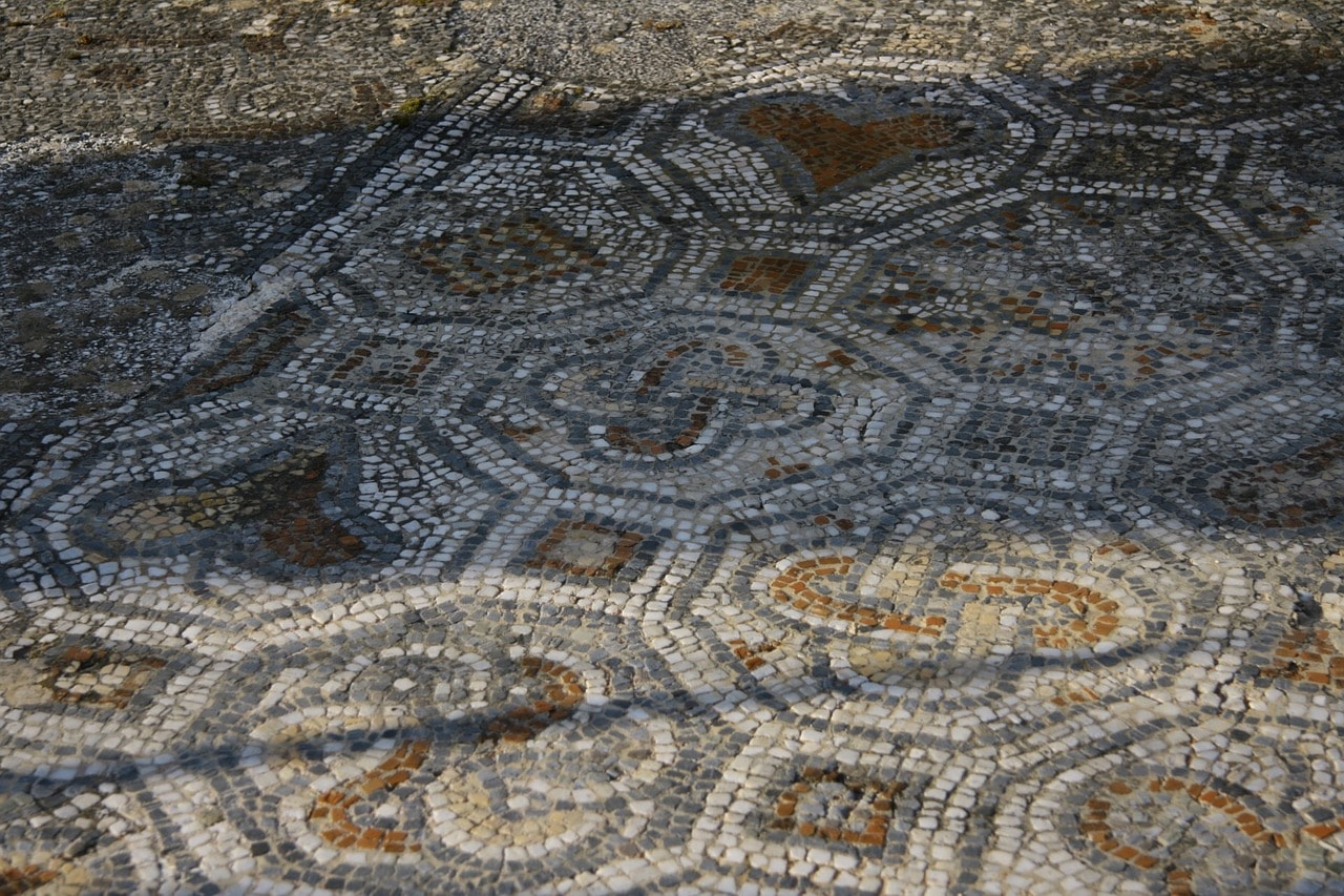 ancient roman mosaic